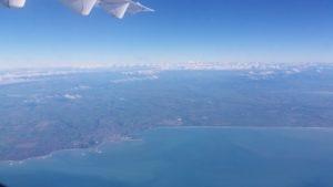 Timarun kaupunki kuvattuna Christchurch-Invercargill reittilennolta, taustalla eteläiset Alpit ja Mt Cook